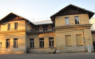 Bývalý Vodoléčebný ústav v obci Kyselka, rok 2013